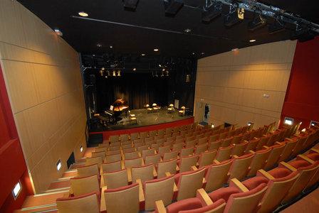 auditorium_2bd-6e4b8